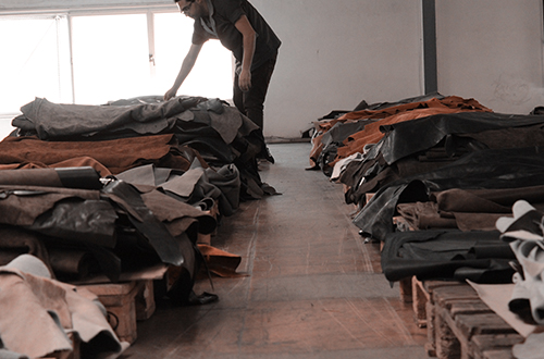 SUNB_We_Love_Leather11.jpg